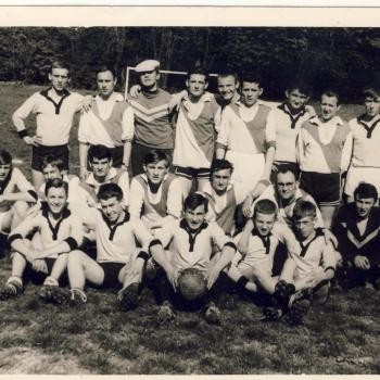 1° mai 1966, match foot- élèves vs anciens (photo C.Lukasiewicz)