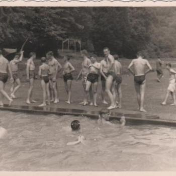 1960- Hayange- Bain +á 43 degrés ! (Photo Josef Lawniczak)