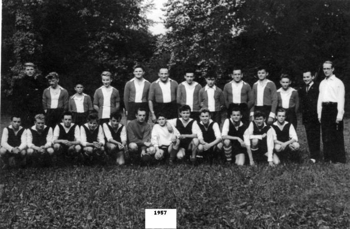 Match d'entraînement de l'équipe Cadet (1957). Photo J. Lesniak