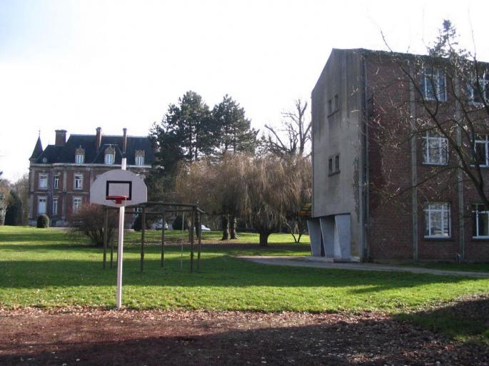 Internat Saint Casimir à Vaudricourt, 2010 (Photo Georges Burzicki)