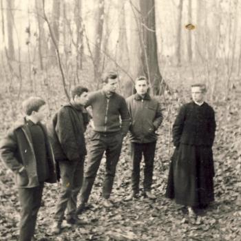 Dans le parc de l'internat, 1964