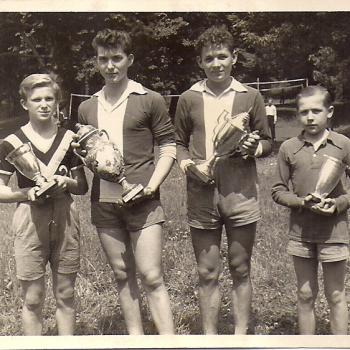 de G à D : Czesław. Bukowiecki, Stefaniak, Tadeusz. Głowacz, et ??.