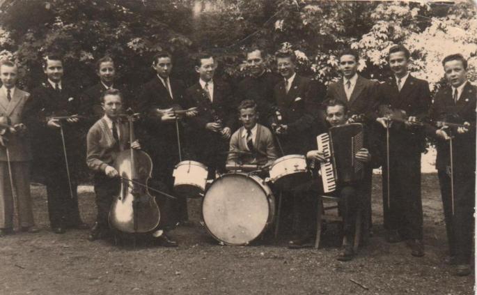L'orchestre, 1953-1954