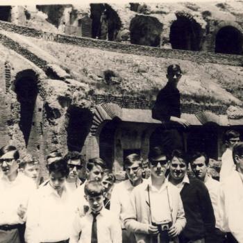 Rome-Mai 1966, dans le Colisée détail  (ph)
