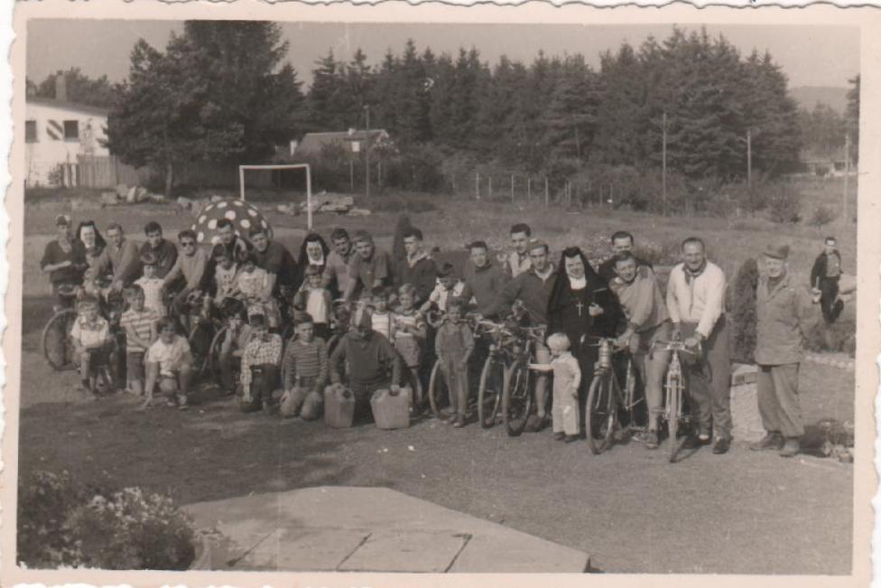 1960-carlsberg-sur-la-route-de-munich-base-am-ricaine.jpg