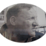 En quelle année est décédé le père Edward Olejnik ?